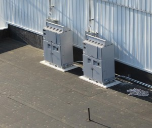 Mounting-Central-Inverters-on-the-Roof-2